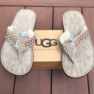 UGGs tasmina flip flop sandals NWT in box sz 5
